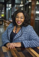 Photo:  @shondarhimes